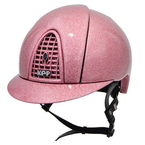 Un casco KEP rosa.